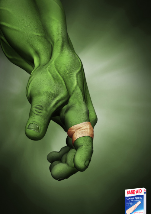 Band Aid: The Hulk is a perfect combination to focus the benefits of the product: durability, elasticity and resistance.