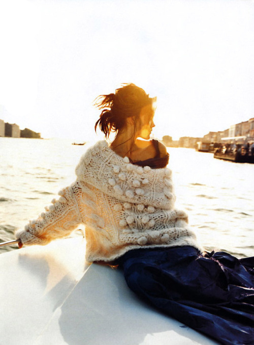 thetruthdoesnotglitterandshine:  Venice Observed | Elle September 1999 May Andersen by Gilles Bensimon Christian Dior | Fall 1999 RTW