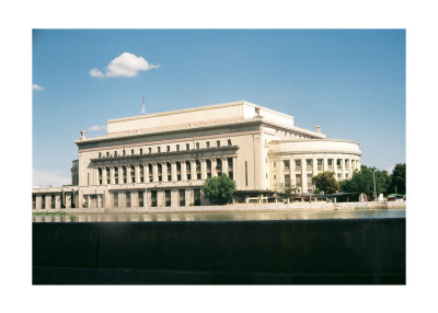 Manila Post Office.  Check out the neoclassical look! There's a lot more of that in Manila :D