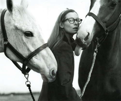 fecastleberry:  Tilda Swinton.