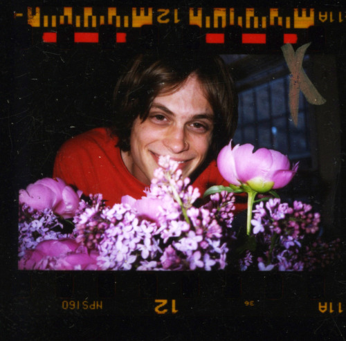 terrysdiary:  Vintage Matthew Gray Gubler at my studio in 2003.