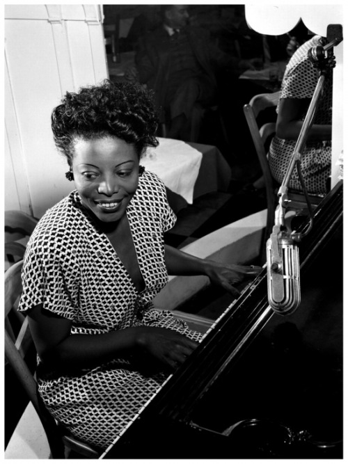 Mary Lou Williams / William P Gottleib 1946