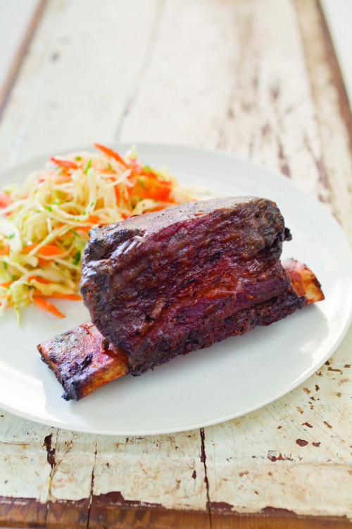 nprfreshair:  How to Make Grilled Short Ribs (and other summer treats)  Yes, please. Short ribs are my favorite!