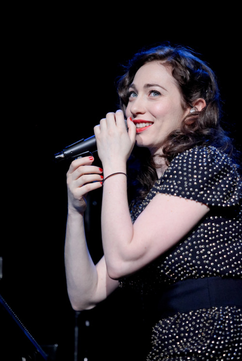 blueveins4:  sleep-in-thegarden:  regina spektor 2 july 2012 <3  ^That is just one of the most gorgeous pics of her! Thanks for sharing!