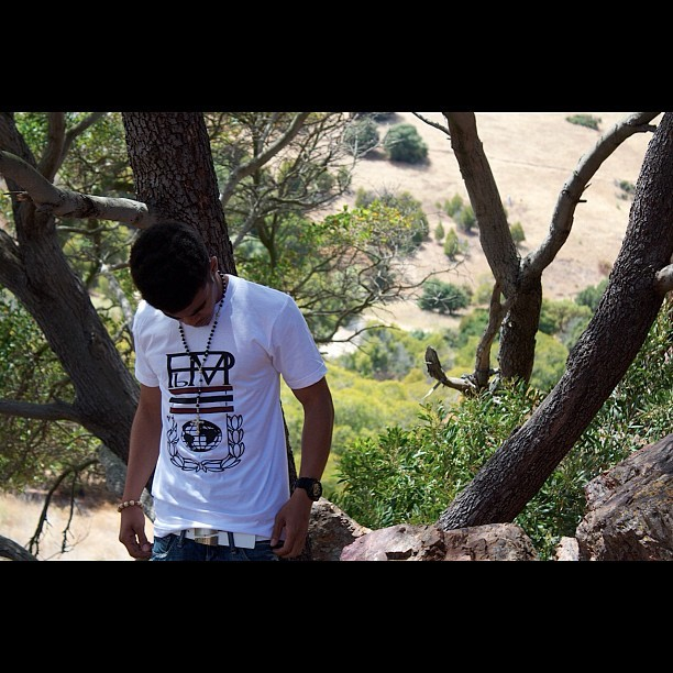 The Crest T available online now! Modeled by @sdanger575   Check out pbmclothing.com #pbm #pbmclothing #summer #fashion #trend #tshirt #ootd #today #me #stylecaster #supportlocal #local #sf #bayarea #creating #building #motivating  (Taken with Instagram)