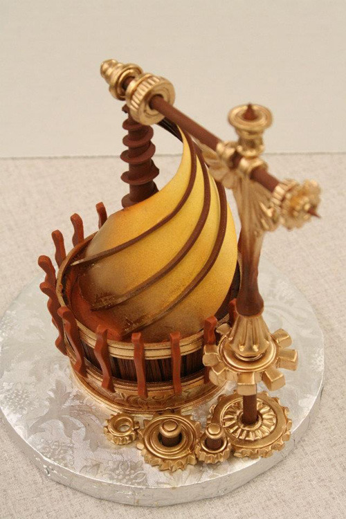 kwhynot:  fyeahsteampunk:  This is, in fact, a cupcake. A CUPCAKE.