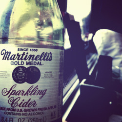 Two day train trips = free martinellis. #win #seattlehereicome