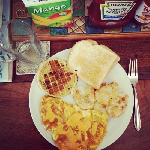 Who wants some breakfast! (Taken with Instagram)