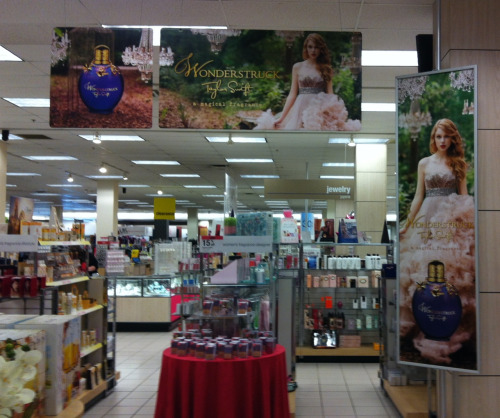 taylorswiftordie13:  I literally stood around this area at the mall for a half an hour just rearranging the entire set up to look nice and organized. You are welcome, Taylor Swift.