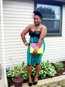 curlsncocktails:  Ardnas from Wisconsin;  LOVE this dress!!!! #Enjoy!