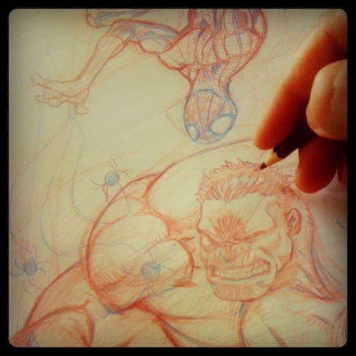 Spidey's playin' fire! #spiders #spiderman #hulk #marvel #colerase #jogeetv  (Taken with Instagram)