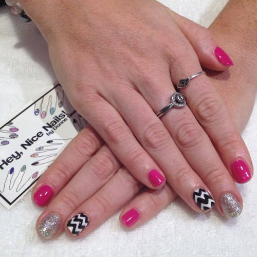 heynicenails:  Gelish mani with zigzags and bling (Taken with Instagram)