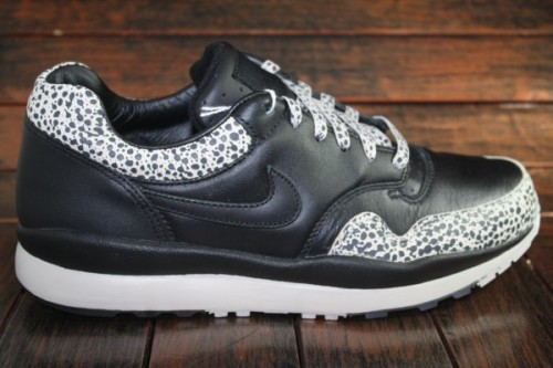 "Nike Air Safari - ""Great Britain"" Pack Following several releases this year to mark the 25th anniversary of the Nike Air Safari, we have the Great Britain pack. It consists of the same materials as the originals but have a unique twist with the custom safari print on the laces. The insoles are also embossed with a flag of Great Britain. They will be available in two colourways, the black seen above and a maroon. Expect these to be in limited numbers!"