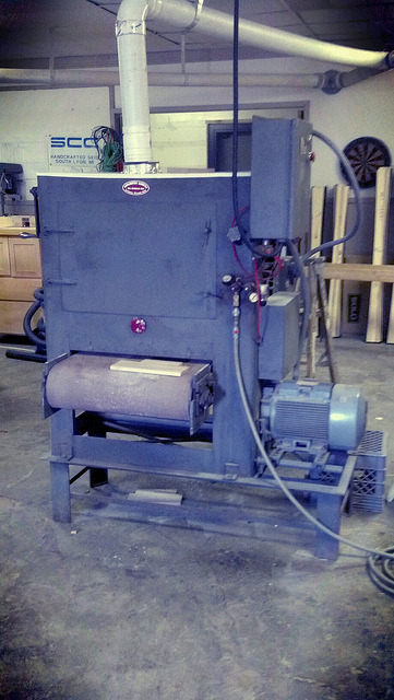 Wide belt sander on Flickr.