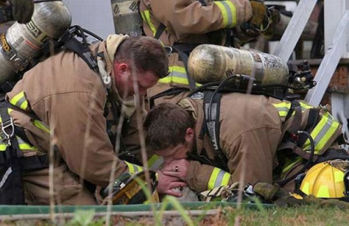 negative-corpus:  When I read the story last week about the firefighters in Wisconsin who pulled a yellow Labrador Retriever out of a burning house (he was found very scared in an upstairs bedroom) and then saved his life, I was moved to tears. The firefighters knew they only had seconds to work on the dog since he couldn't breathe, and since no canine equipment could be found, one of them used a technique he had seen on television. He immediately started mouth-to-snout resuscitation. Long story short, he saved Koda's life, and he is doing just fine now. You can read more details about this story on Today.