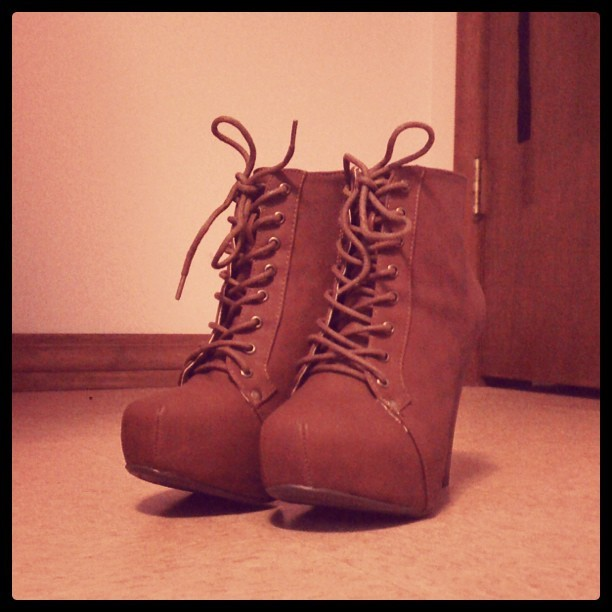New shoes. #Yus  (Taken with Instagram)