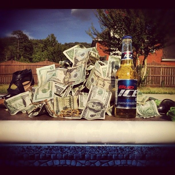 Just scooped $2k out of the pool, gotta do these music videos right @opportunities423 #money #budice #beer #music (Taken with Instagram)