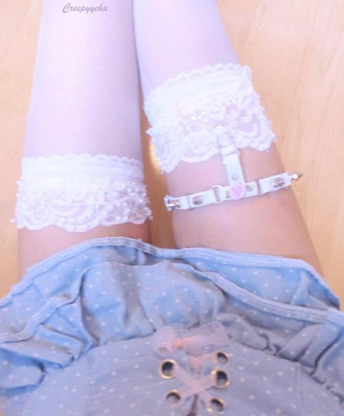 creepyyeha:  *New O ring garter* Selling here
