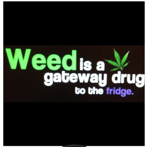 #weed #maryjane #gatewaydrug  (Taken with Instagram)