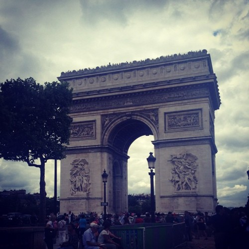 arc de triomphe 🇫🇷 (Taken with Instagram)