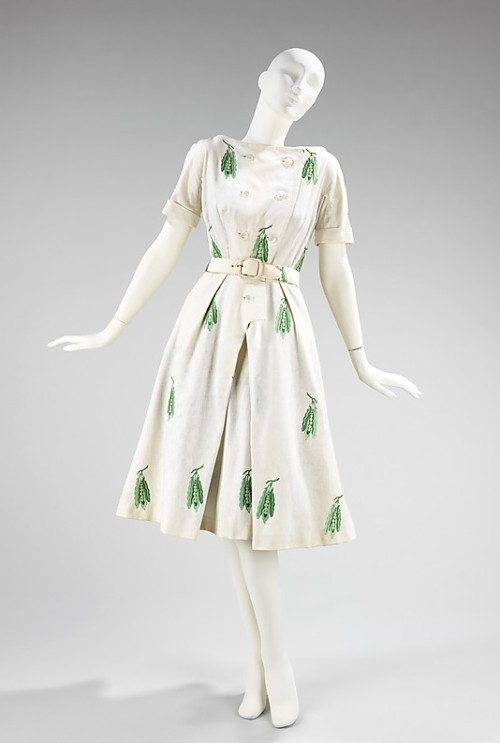 Dress Hubert de Givenchy, 1955 The Metropolitan Museum of Art