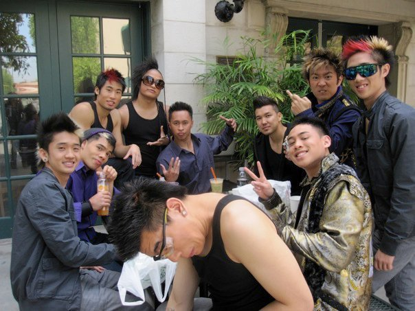Quest crew and Poreotics :)…. Look at Steve. :D