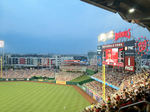 At the Nats game with a gaggle of iSL team members via @joecorbett