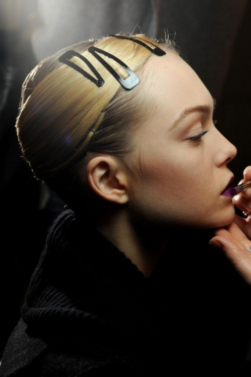 home-of-fashion:  Siri Tollerod backstage at Armani Prive Haute Couture Spring/Summer 2011