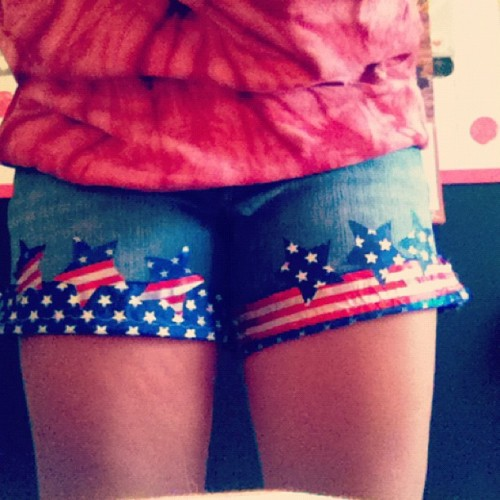 #shorts #for #the #fourth #nobigdeal #madethem #wasfeelingcrafty #instagood #starsandstripes #freedom #love #america #doubletap #instacool #followme (Taken with Instagram)