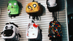 I want that Jake book bag!