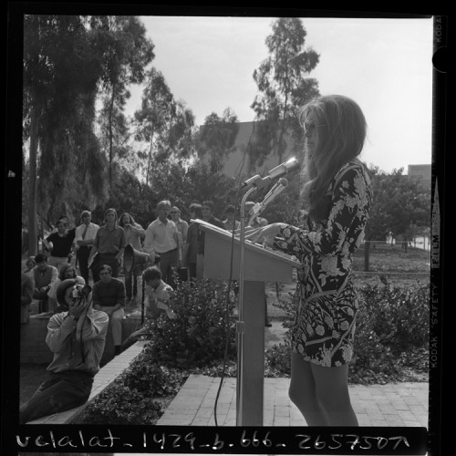 "coolchicksfromhistory:  Feminist Gloria Steinem speaking at Cal State Long Beach, Calif., 1970. ""Our objection to women being regarded as sex objects is that it goes only one way. Men are beautiful, too."""