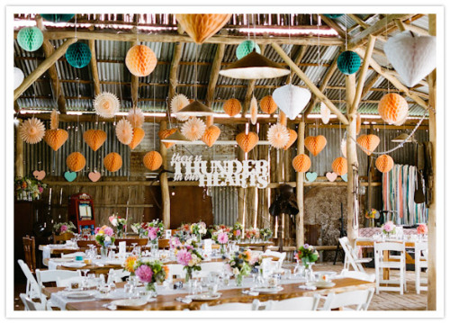 hipsterbride:  (via Colorful Australian Wedding: Erin Noah | Real Weddings | 100 Layer Cake)
