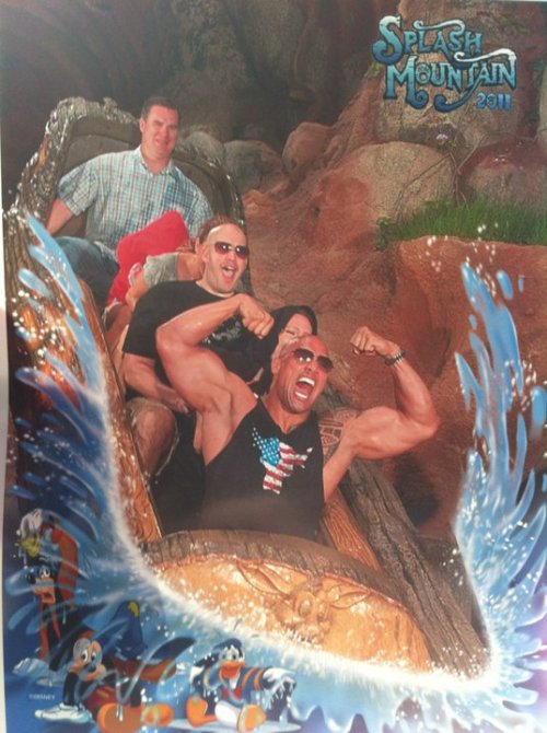 lookatthisfuckingmeathead:  Look at this meathead!! Everyone loves Disneyland!!