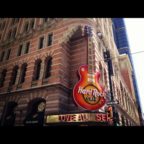 Hard Rock Cafè in Philly - follow me on Instagram @ ellenminerva