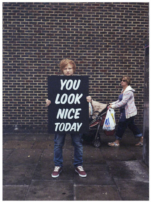niallur:  and you always look nice ed :')