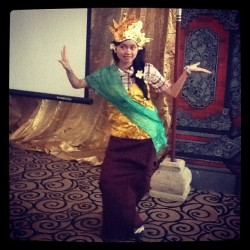 I dance bali dance~~~ #bali #vocation #family #love #awesome #indonesia #natural #dance #beautiful  (Taken with Instagram)