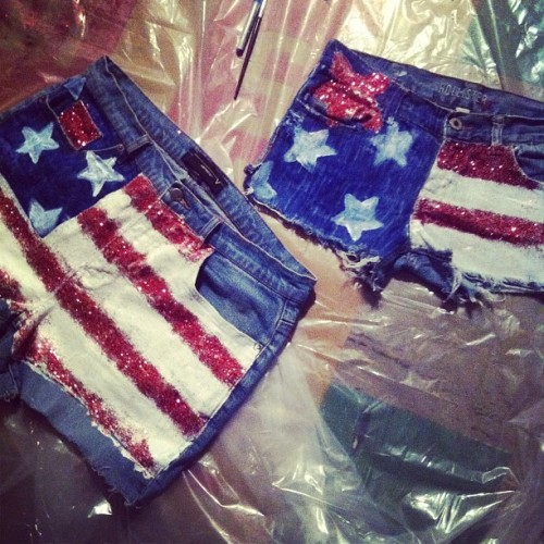 #flag #red #white #blue #fourth #star #glitter #girl #shorts #paint #summer #twins #sparkles #night #Hollister #fun #times #highwaisted #mess #marker #cute #hot #sexy #crazy # (Taken with Instagram)