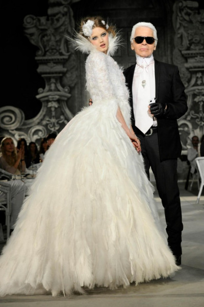 LINDSEY WIXSON X KARL LAGERFIELD CHANEL FALL 2012 COUTURE