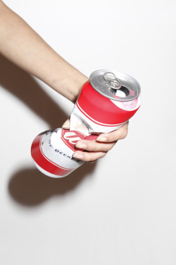 swarmedlondon:  red stripe