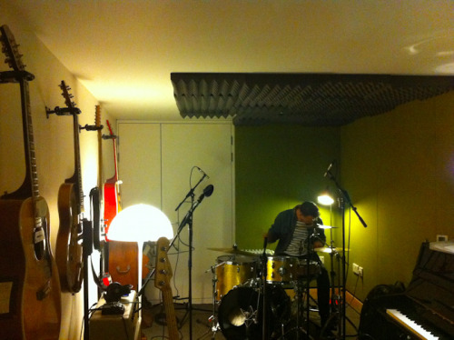 leo taylor recording drums on @tracey_thorn's new xmas album out at the end of the year
