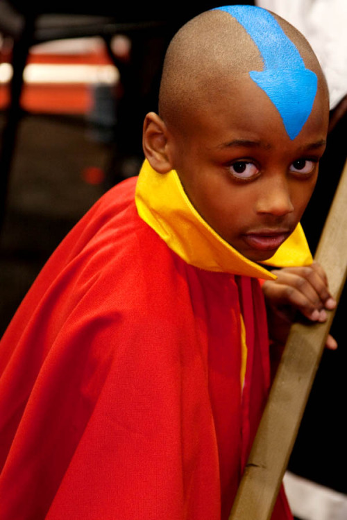 cosplayingwhileblack:  X Character: Aang Series: Avatar: The Last Airbender  OMG. The look on his face!