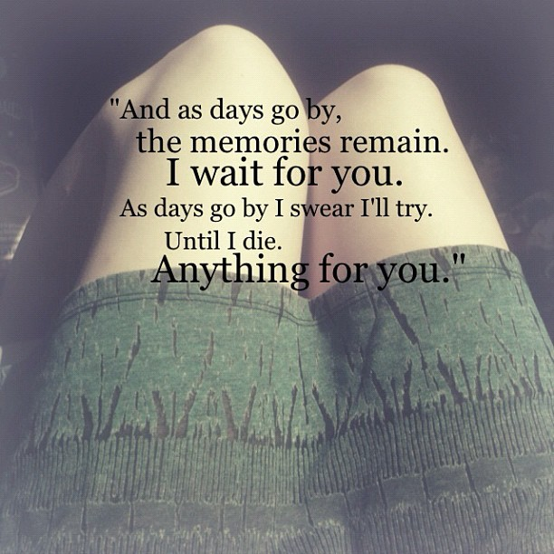 lovelysemo:  #quote #longdistancerelationship #love #imissyou #instagood #gmy #cutecouple #instamood #summer #skirt #legs #fashion (Taken with Instagram)