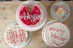 Have your cake and blog about it too.