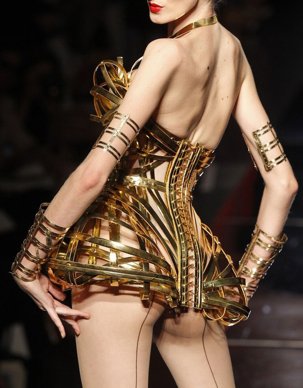 spinningbirdkick:  suicideblonde: Jean Paul Gaultier Couture Fall/Winter 2012