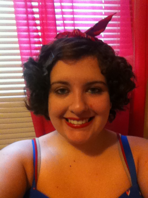 Happy independence day to my fellow Americans. I have this pin up girl thing going today. Woo!