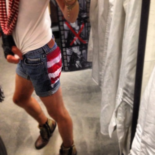 Annnnd my #amurica 🇺🇸 #hotpants are #back ! #happy #independenceday 🎉🇺🇸😜 #freedom in #red #white and #blue (Taken with Instagram)