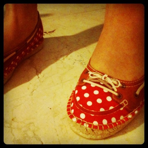 My first @thestringrepublic shoes! Aren't they adorable? #thestringrepulic #shoes #footwear #style #fashion #polkadots #red #kayakredpea #adorable #cute #espadrilles  (Taken with Instagram)