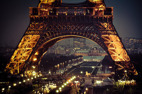 theexquisitethingsinlife:  Eiffel Tower at Night