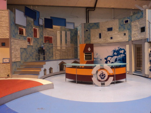 Old Blue Peter set at BBC TV Centre. The show has now moved up to Salford, and the Blue Peter garden has been filled in. But they've kept this old set in the set building department for the tours.