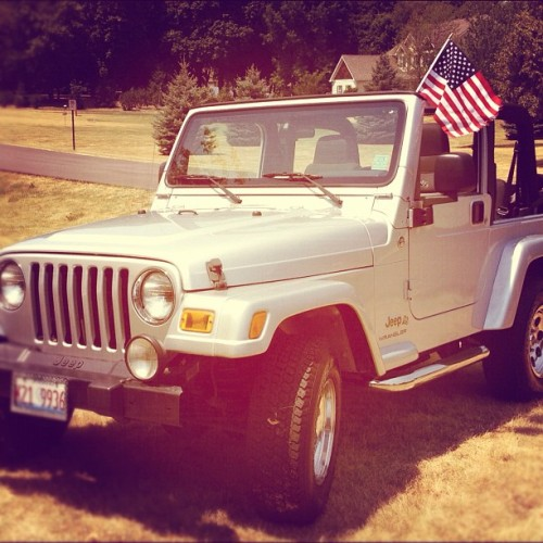 Happy 4th from my #Jeep! Taking the doors off and going for a ride! #summer #4thofjuly #america (Taken with Instagram)